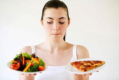 Thói quen ăn uống không lành mạnh