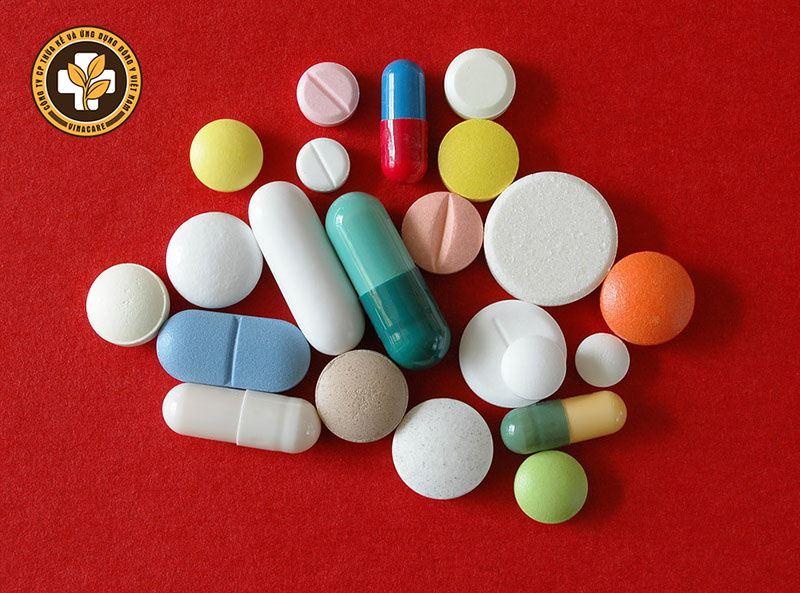 Thuốc Tây y giúp chữa cơn đau nhanh chóng nhưng có thể gây tác dụng phụ