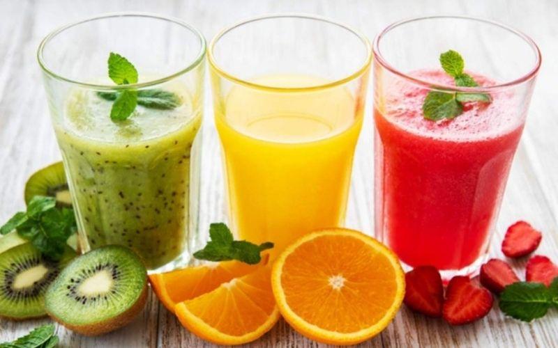 Nước ép hoa quả rất tốt để đào thải acid uric