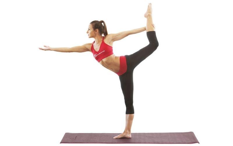 Giữ thăng bằng với tư thế đứng vũ công