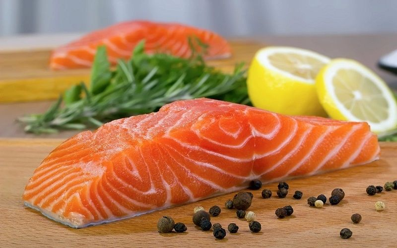 Nếu ăn các món ăn này, có thể người bệnh đau dạ dày sẽ bị đau bụng do niêm mạc dạ dày bị viêm loét
