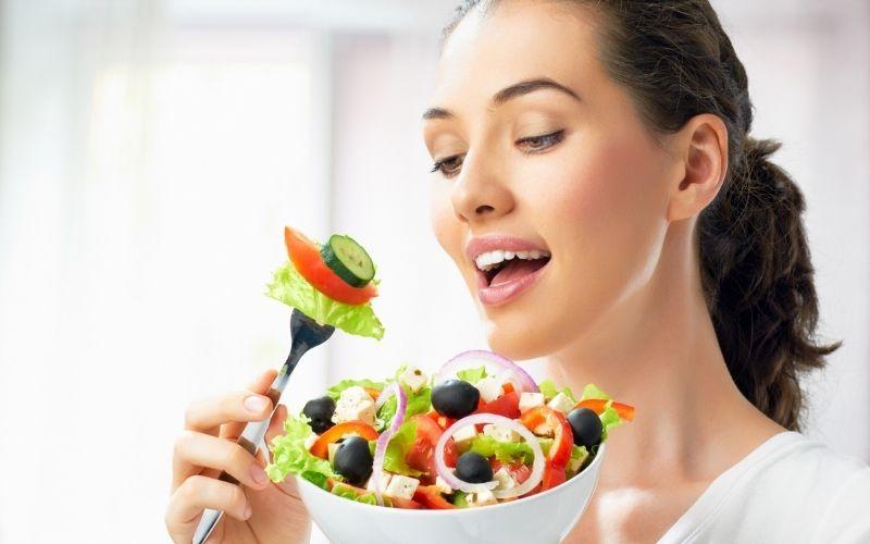 Luyện tập thói quen ăn chậm, nhai kỹ