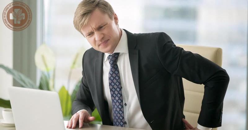 Ngồi làm việc tại chỗ quá lâu gây bệnh trĩ