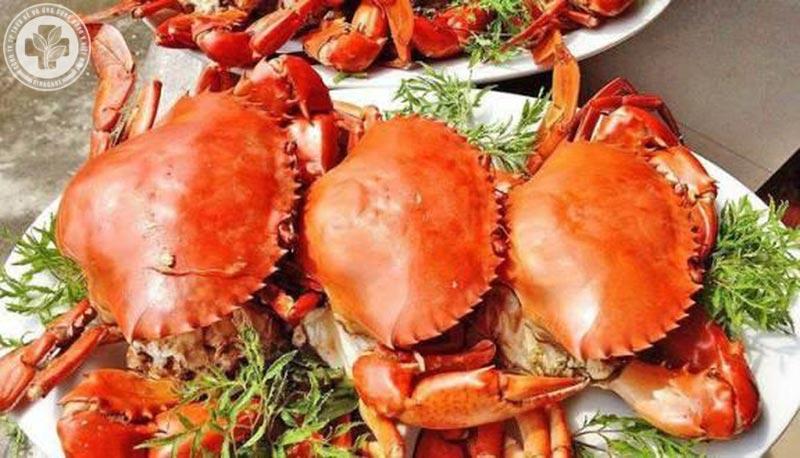 Người bệnh nên kiêng ăn hải sản