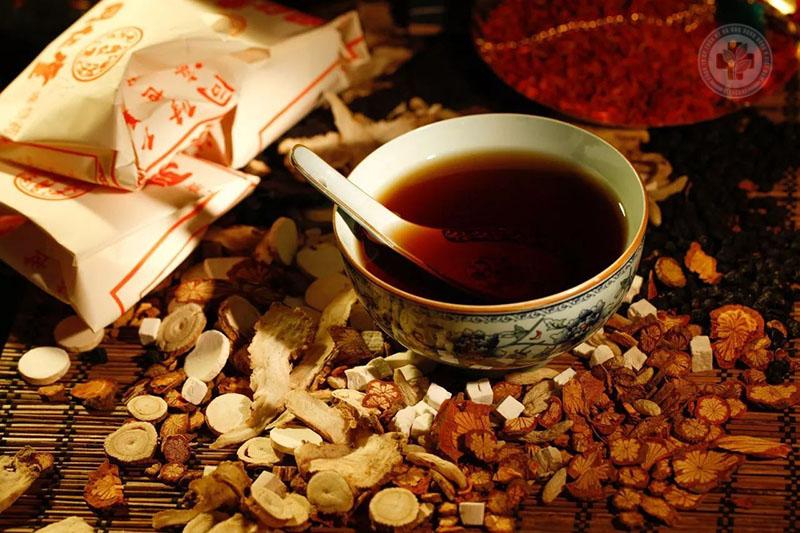 Đông y giúp chữa viêm xoang đau đầu từ gốc đến ngọn