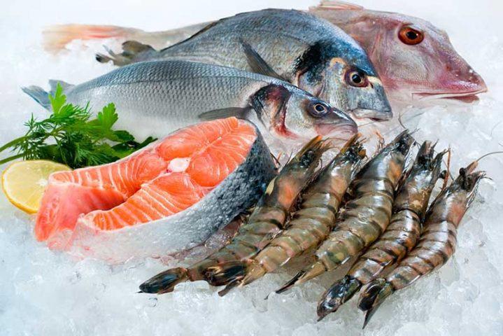 Các món hải sản ngày Tết có thể làm tăng nguy cơ tái phát bệnh mề đay