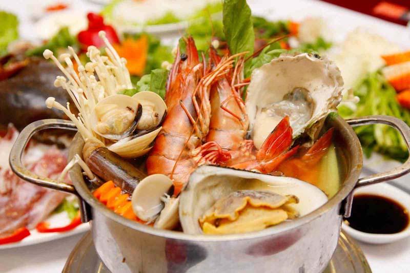 Hải sản cũng là món ăn người bị ho cần tránh