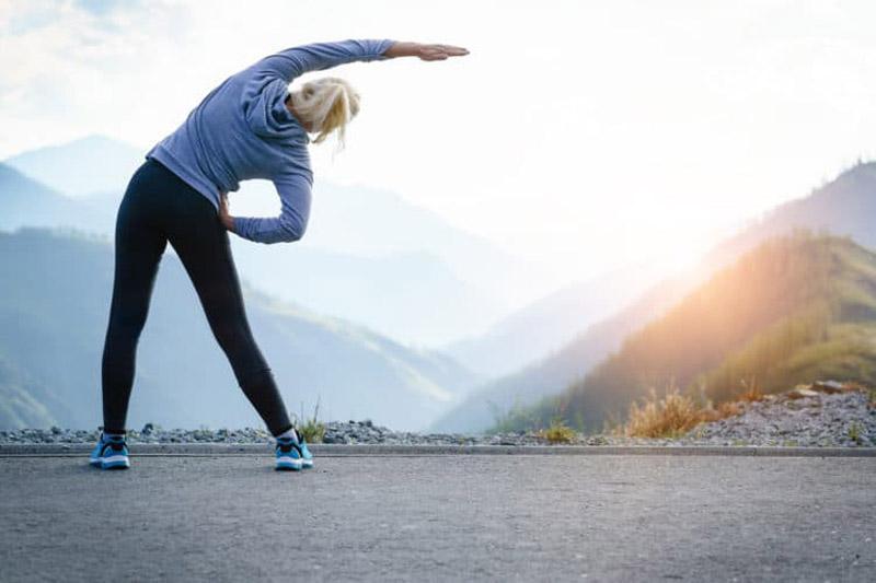 Thường xuyên tập luyện nhẹ nhàng để nâng cao sức khỏe