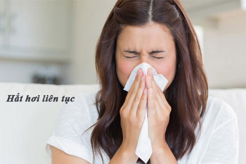 Mùa tết thời tiết thay đổi thường xuyên kéo theo bệnh viêm mũi dị ứng cũng về theo
