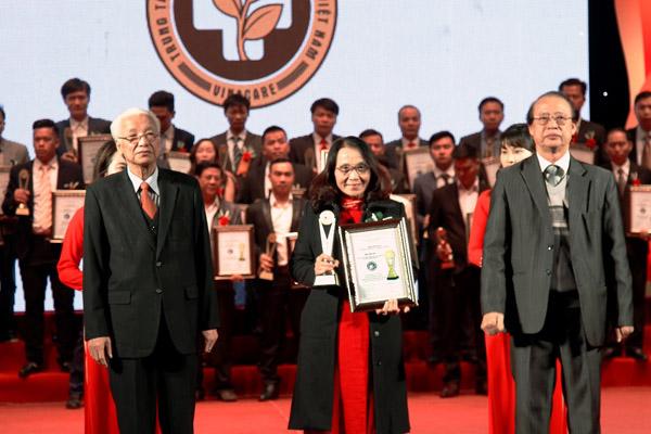 Trung tâm nhận Giải thưởng