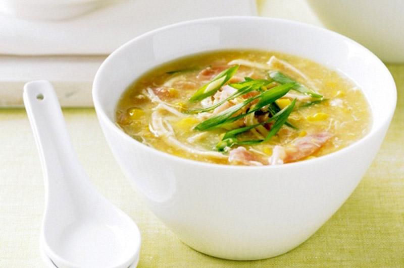 Người bệnh viêm họng nên sử dụng các thực phẩm mềm, lỏng dễ nuốt