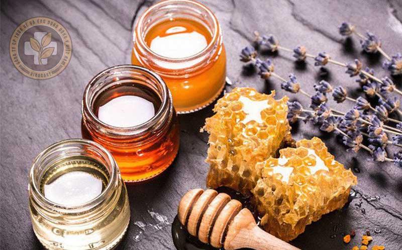 Cách chữa trị viêm họng mãn tính dân gian từ mật ong được sử dụng nhiều