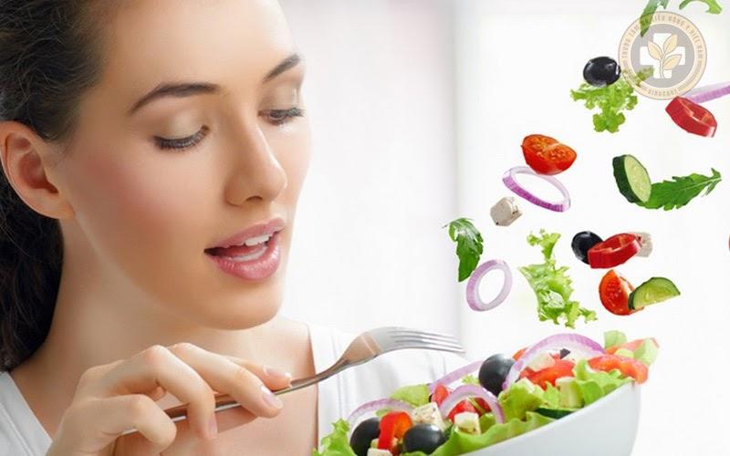 Bị sốt do viêm họng nên ăn những thực phẩm gì?