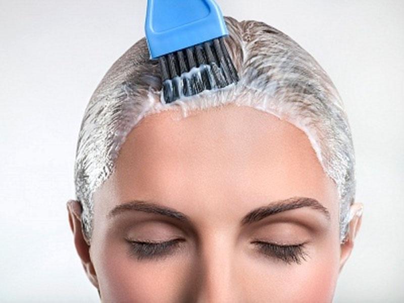 Thường xuyên tạo kiểu tóc sẽ làm tăng nguy cơ mắc bệnh
