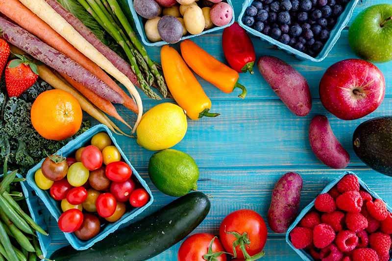 Rau củ và trái cây có nhiều lợi ích cho sức khỏe mọi người