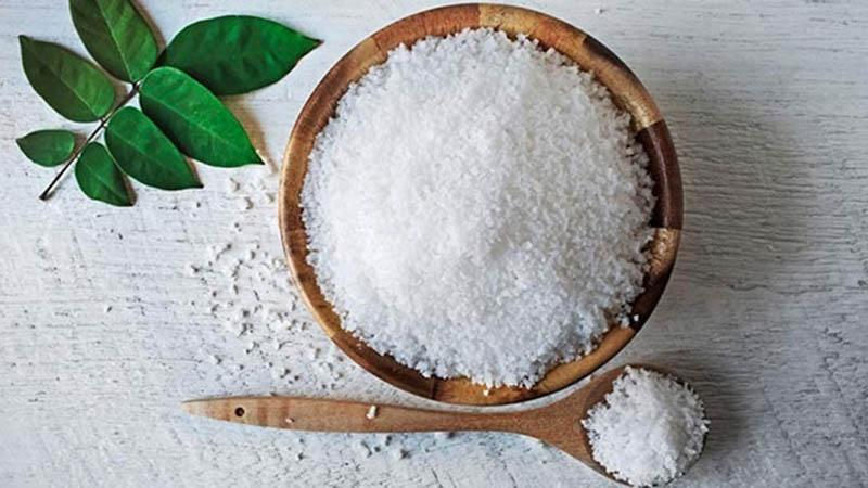 Muối Epsom được sử dụng rất phổ biến khi chữa bệnh ngoài da