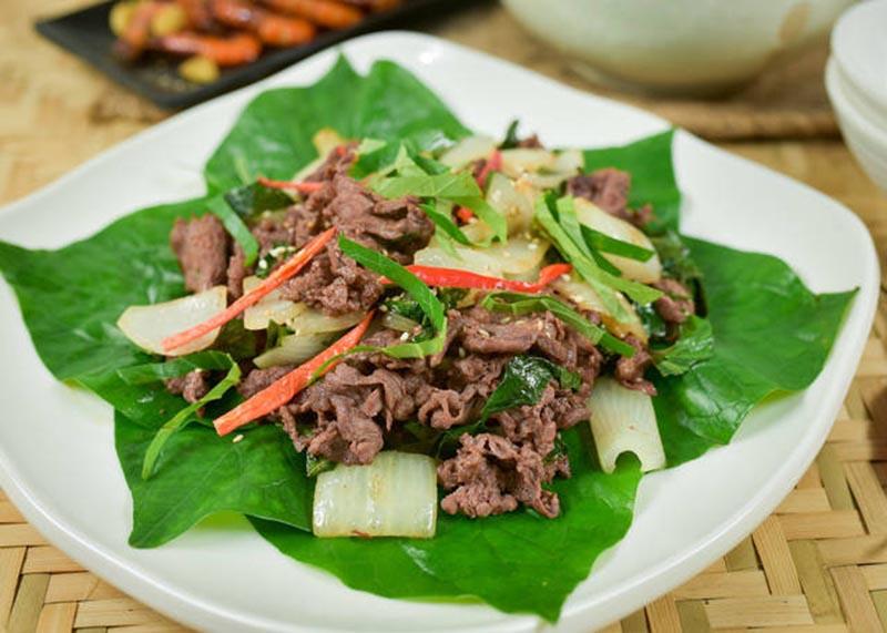 Chữa bệnh tổ đỉa từ món thịt bò xào lá lốt