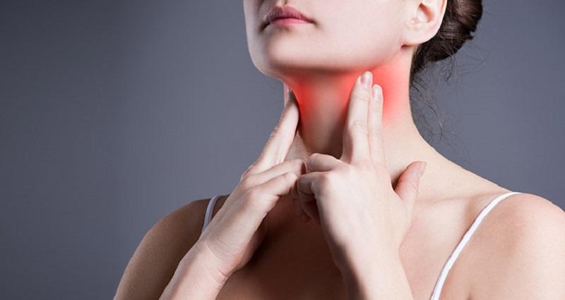 Thực hiện theo chỉ định của bác sĩ sau khi cắt amidan để hạn chế đau nhức
