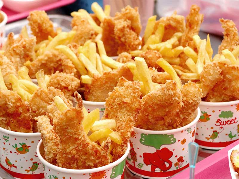Thức ăn nhanh sẽ tạo gánh nặng cho dạ dày