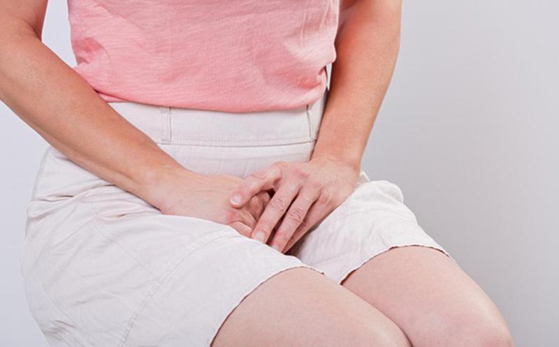 Vảy nến mụn mủ ở bộ phận sinh dục có thể gây ra các bệnh phụ khoa, nam khoa nguy hiểm
