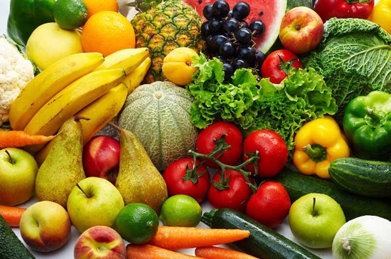 Viêm amidan nên ăn trái cây và rau xanh