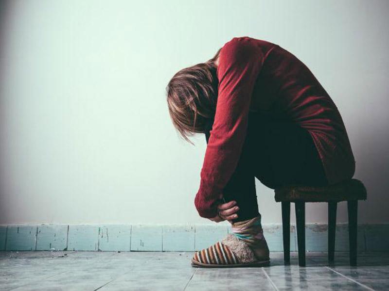 Biến đổi tâm lý, trầm cảm là những biến chứng có thể gặp ở người bị vảy nến