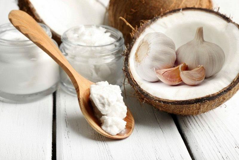 Hoạt chất Allicin trong tỏi có tác dụng sát khuẩn, chống viêm, tốt cho người bệnh vảy nến