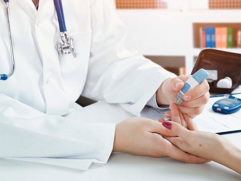 Viêm mũi dị ứng có chữa được không? Phương pháp mẫn cảm điều trị viêm mũi dị ứng