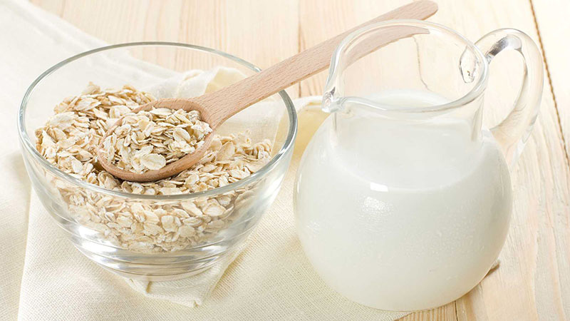 Dùng sữa chua và bột yến mạch chữa dị ứng da mặt