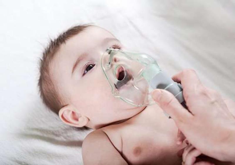 Khó thở, thờ khò khè là triệu chứng bệnh hen điển hình nhất ở trẻ nhỏ