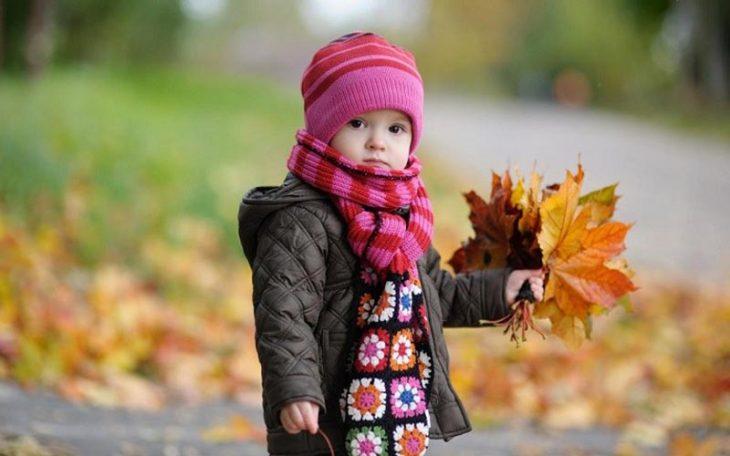 Mang mặc trang phục đủ ấm khi thay đổi thời tiết