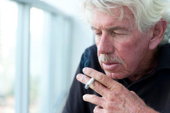 Hút thuốc lá là nguy cơ gây các bệnh hô hấp