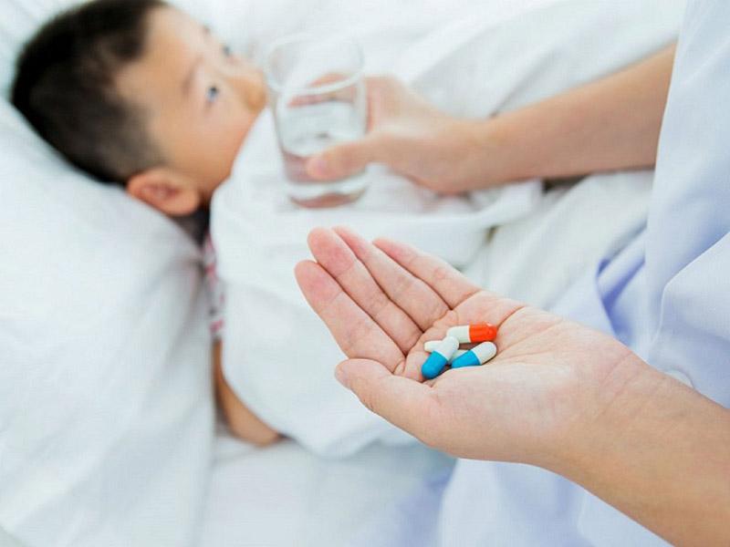 Các thuốc Tây có khả năng cải thiện các triệu chứng bệnh nhanh chóng