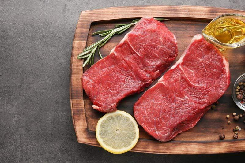 Thịt bò là một loại thịt đỏ mà chúng ta thường ăn