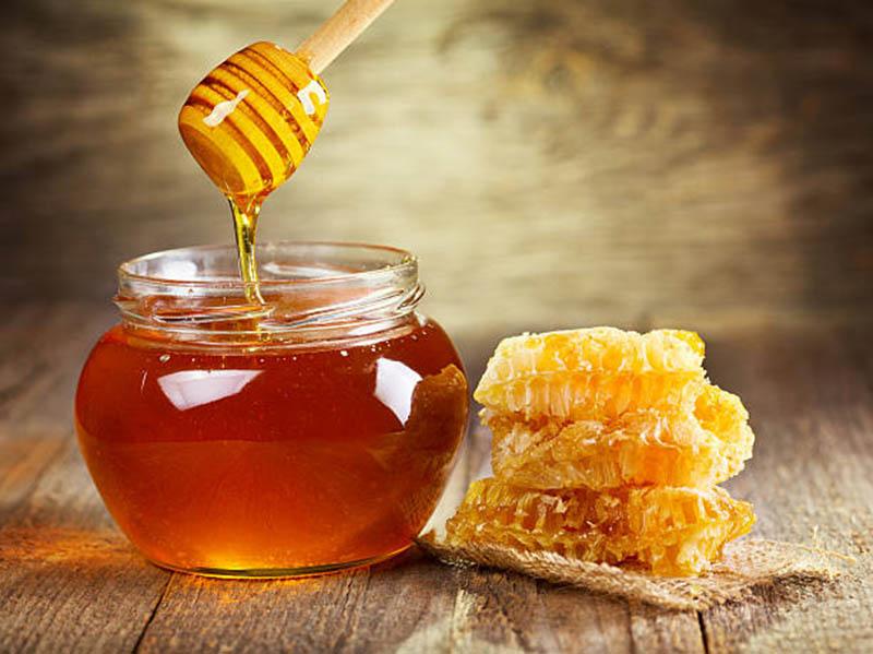 Mật ong có nhiều công dụng, hiệu quả trong chữa bệnh viêm amidan