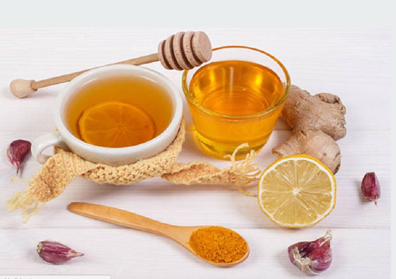 Bài thuốc từ nghệ và mật ong không chỉ cải thiện triệu chứng mà còn thúc đẩy bệnh chóng lành hơn