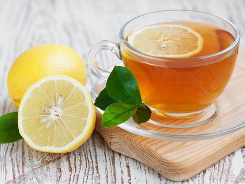 Kết hợp mật ong và chanh để cải thiện tình trạng ho, đau rát cổ họng do viêm amidan rất hiệu quả