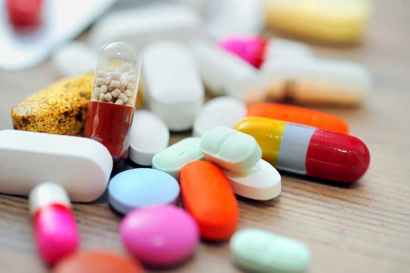 Thuốc Tây y giúp giảm nhanh các triệu chứng phát ban