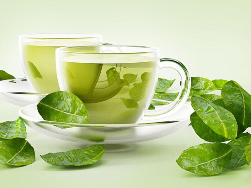 Uống nước trà xanh mỗi ngày có thể khử mùi hôi miệng