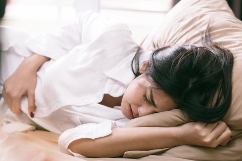 Viêm amidan không chỉ ảnh hưởng đến sức khỏe của mẹ mà còn gây nguy hiểm cho sự phát triển của thai nhi