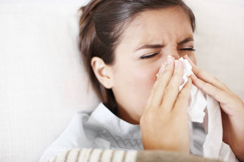Viêm xoang xuất tiết là tình trạng tăng tiết dịch xoang đột ngột