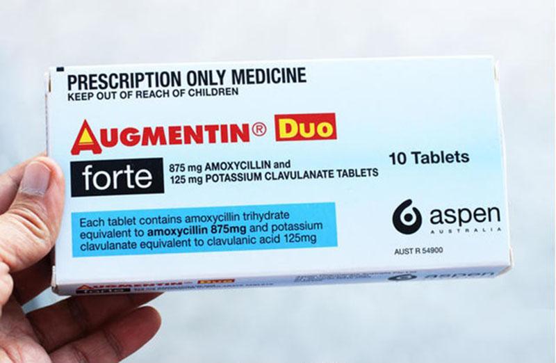 Các chế phẩm chứa Amoxicillin kết hợp với Acid clavulanic/clavulanate được ưu tiên trong điều trị