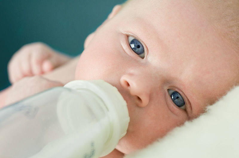 Hầu hết mọi đối tượng, bao gồm cả trẻ em đều có thể sử dụng an toàn các bài thuốc đông y chữa viêm da cơ địa