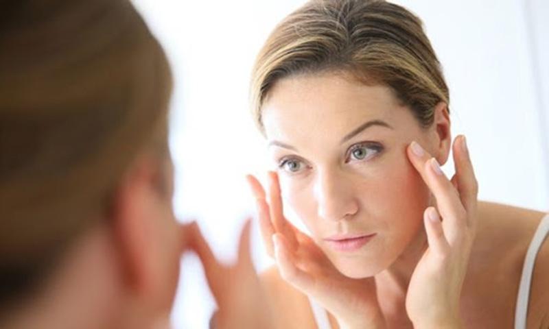 Massage mặt giúp dẫn lưu xoang tót hơn, cải thiện tình trạng sưng, phù nề mặt