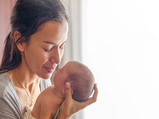 Căng thẳng sau sinh có thể là nguyên nhân khiến các bà mẹ dễ bị dị ứng, mẩn ngứa