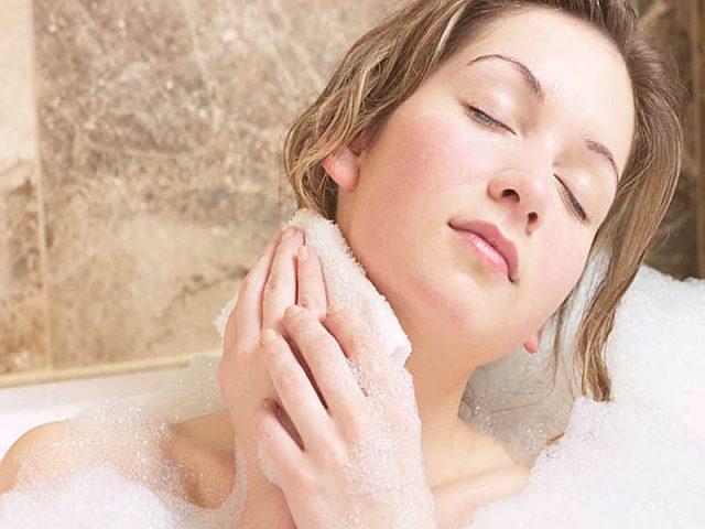 Nổi mẩn ngứa sau khi tắm - nguyên nhân do đâu?