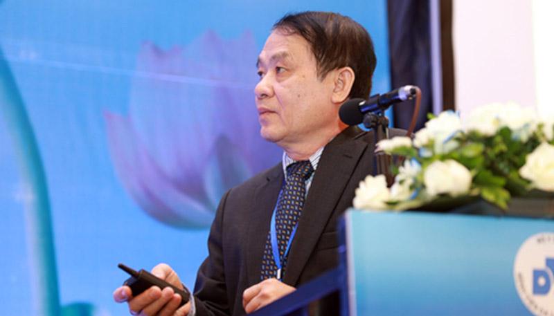 PGS-TS-BS Nguyễn Duy Hưng là một trong số những bác sĩ da liễu nổi tiếng hàng đầu tại Hà Nội