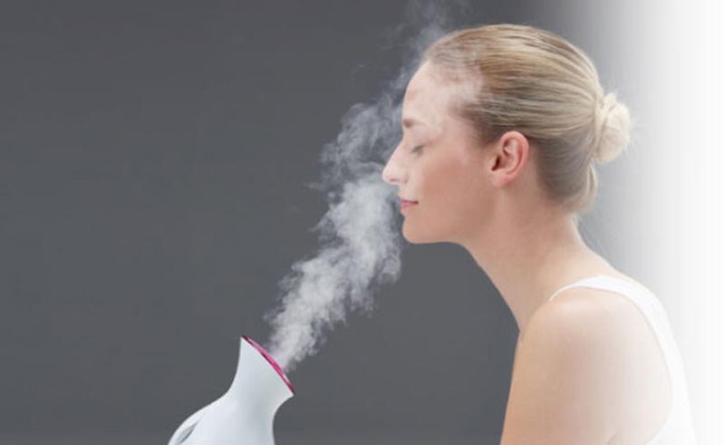 Xông hơi có thể làm giảm sưng mặt hiệu quả ở người bệnh viêm xoang