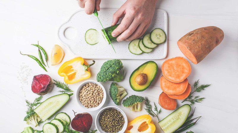 Ăn uống khoa học giúp hỗ trợ phục hồi các tổn thương trên da