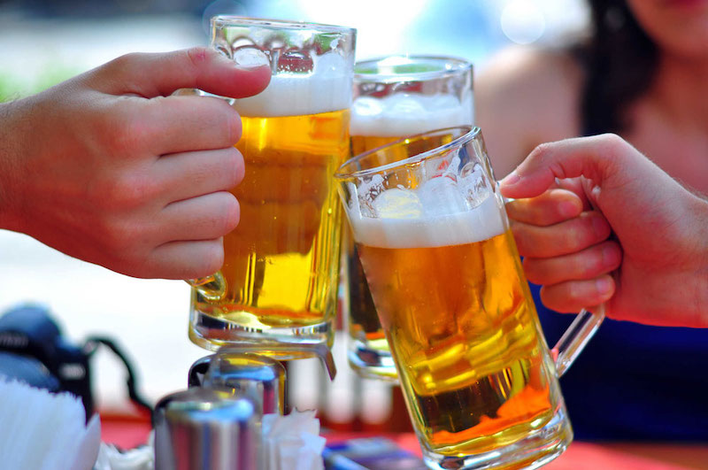 Tránh xa rượu bia và các chất kích thích có hại cho sức khỏe